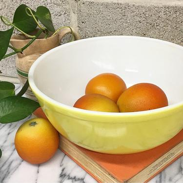 Vintage Pyrex Bowl Retro 1940s Yellow + Primary Color + 4 Quart + Ceramic Mixing Bowl + Cooking and Serving + Kitchen Decor by RetrospectVintage215