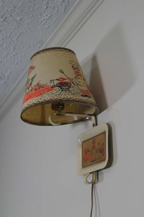 Adorable Vintage 1950s Kitchen Paper Wall Lamp Pin Up Light With Kitsch Chef By Vintagegoofball
