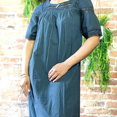 Vintage 1970s 1980s Tunic Lace Crochet Kaftan Caftan Maxi Shift Dress Tunic Cover Up Solid Black Hand Made Ecuador Hippie Boho Festival Tall by KeepersVintage