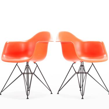 Set of Two Custom Charles and Ray Eames for Herman Miller Molded Plastic Lounge Chairs with Powder Coated Eiffel Bases by ABTModern