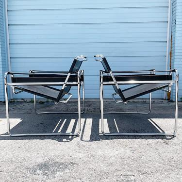 Pair Wassily Chairs by Marcel Breuer for Knoll Mid Century by FlipAtik
