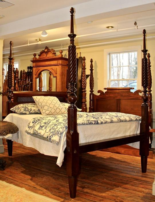Queen Tall Post Rope Carved Bed in Mahogany, Baltimore Circe 1830
