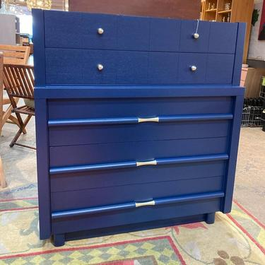 """Beautiful navy blue, mid century modern chest of drawers. 40"""" x 20"""" x 43.5"""""""