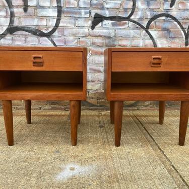 Vintage mid centuy teak danish pair of nightstands end tables 1 drawer by symmetrymodern
