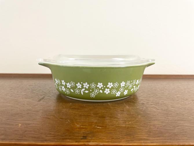 Vintage Pyrex Green Crazy Daisy, Spring Blossom Casserole Dish with Lid, 471- B, 500mL, MCM Retro Kitchen by BlackcurrantPreserve