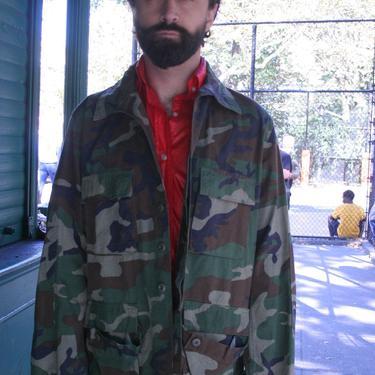 Vintage Military Camo Shirt  or Light Jacket | XLarge | Unisex Military Wear | Women's XXL by HamletsVintage