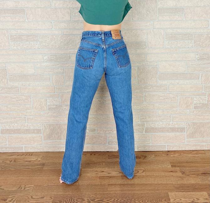 Levi's 501 Vintage Jeans / Size 27 by NoteworthyGarments
