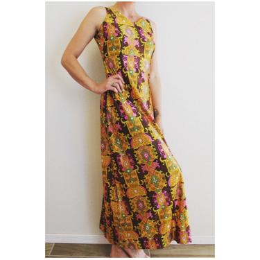 1960's Vintage Graphic Print Maxi Dress by MamaTequilasVintage