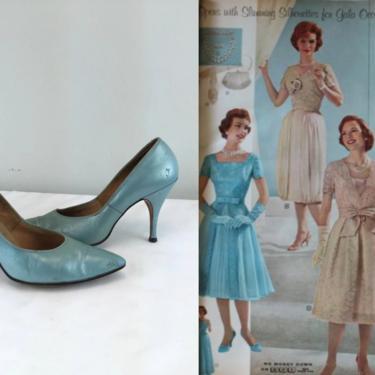 Shimmering Silhouettes - Vintage 1950s Aqua Blue Light Blue Textured Leather Stilettos Heels Shoes Pumps by RoadsLessTravelled2
