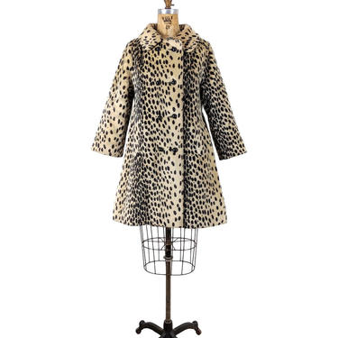 spotted | vtg 1960s faux fur swing coat | vintage 60s dress coat / jacket | s | small | leopard / cheetah print by danevintage