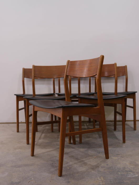 Set of 6 Vintage Danish Modern Dining Chairs by FarOutFindsNYC