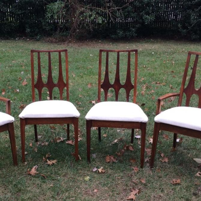 Vintage Broyhill Brasilia dining table & 4 chairs