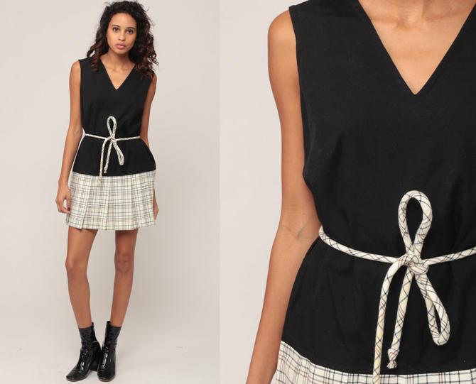 f10e1bbbca9 Mod Dress 60s Mini Plaid SCOOTER Drop Waist Pleated 70s Checkered Vintage  Sleeveless Black Off-