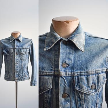 Vintage Levis Medium Wash Blue Jean Jacket by milkandice