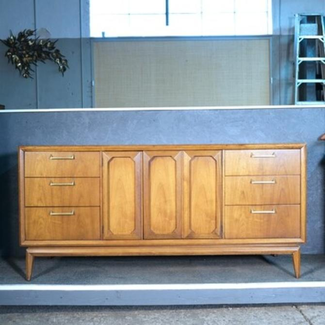 Broyhill Premier Low Dresser