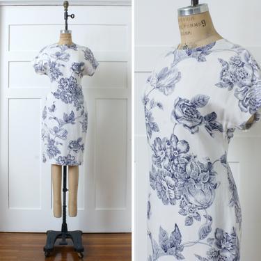 vintage 1990s linen dress • sketchbook floral pattern in blue & white • short sleeve oversized print dress by LivingThreadsVintage