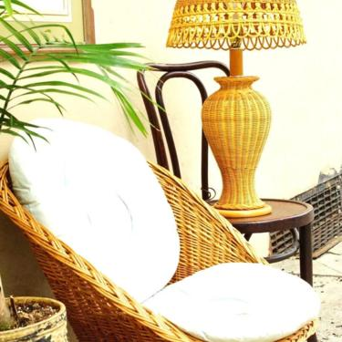 """Vintage Mid Century Modern Wicker Table Lamp, Natural Wicker Lamp & Matching Shade, Cottage Core, Great Condition, 29"""" x 16"""", PHILLY PICKUP! by shopGoodsVintage"""