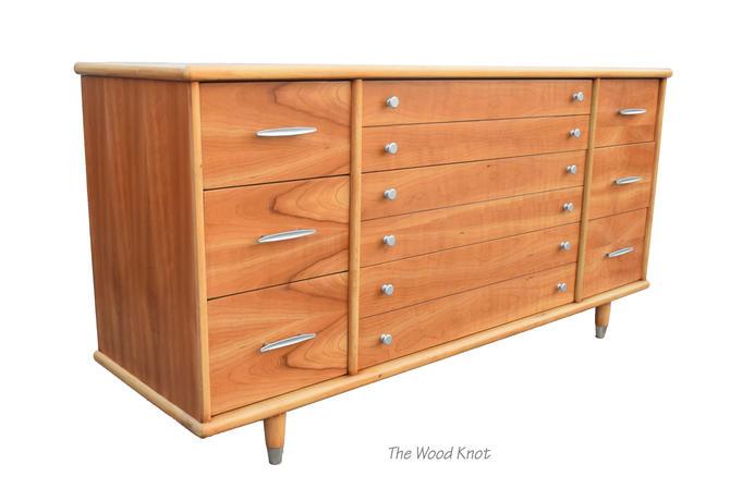 Mid-Century Modern Oak Figured Tiger Flame Wood Dresser