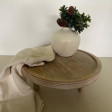 Mango wood table riser | farmhouse wooden riser | boho wooden decor | cottage core decor | wooden pedestal riser | circle wooden riser by PeoplewillStare