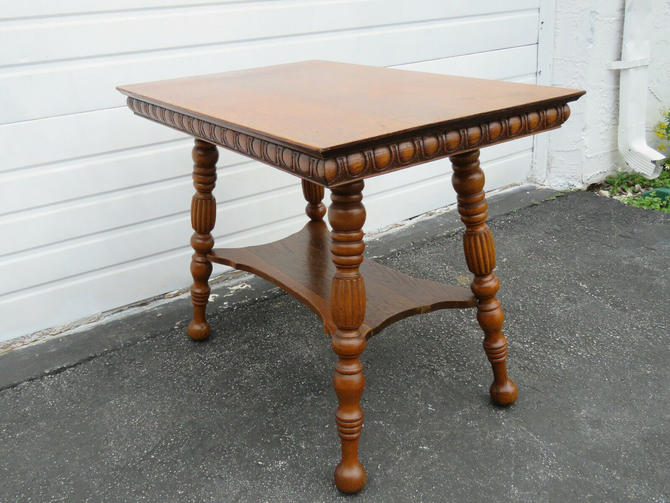 Victorian Tiger Oak Early 1900s Side End Table 9700
