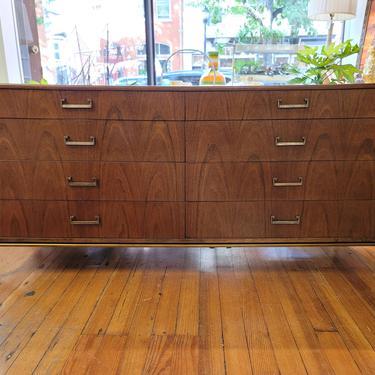 Founders Furniture Walnut 8-Drawer Dresser