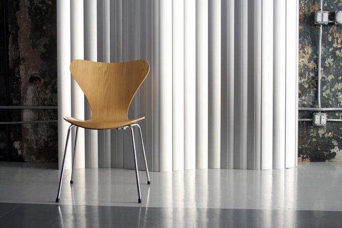 Set of 6 Seven Series Chairs by Arne Jacobsen