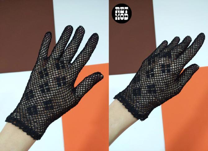 Lovely Dainty Vintage Black Crochet Gloves by RETMOD