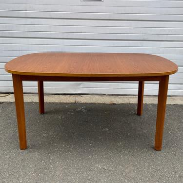 Scandinavian Modern Teak Dining Table W/Butterfly Leaves by Farstrup by secondhandstory