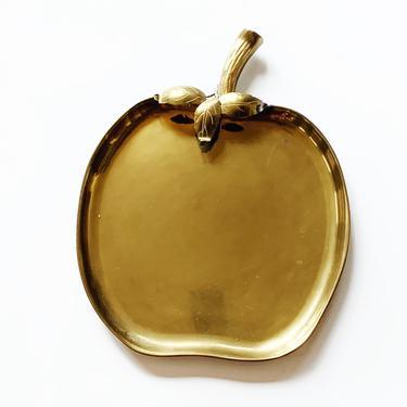 Vintage Brass Apple Tray by Sarreid of Spain by SabineVintageHome