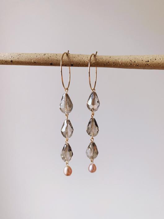 Lavender Tea Latte Earrings // Freshwater Pearl & Crystal Drop Earrings by mammothandminnow