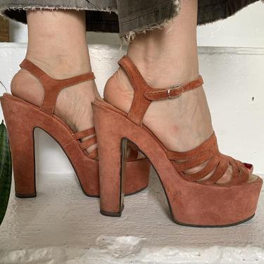 Iconic 1970s Rust Suede Plaforms 5.5 Inch Heel Vintage 37 6.5 by AmalgamatedShop