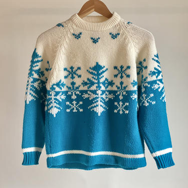 Cute 70's Ski Sweater White and Turquoise fits S - L Snowflakes by BeggarsBanquet