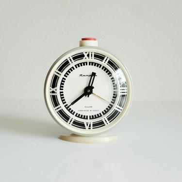 Vintage Soviet CCCP Alarm Clock / USSR Industrial / Mechanical Wind Up Clock / Mantel / 1950's Office Retro Decor by MicroscopeTelescope