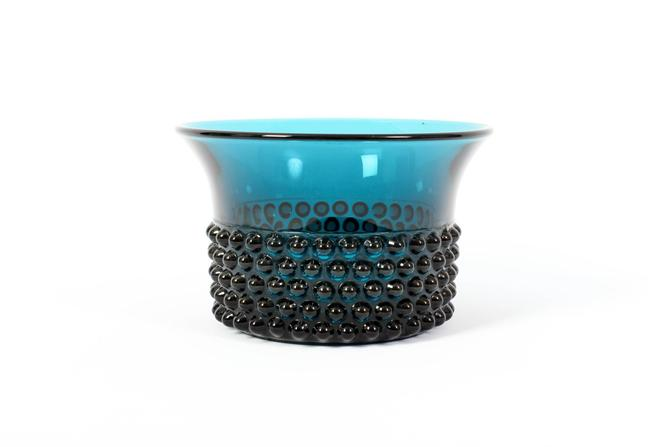 Nuutajärvi Notsjö Blue Bowl - Saara Hopea Iittala Finland - Nyppylä Art Glass - Knobby Hobnail Flared Teal Glass by ThePapers