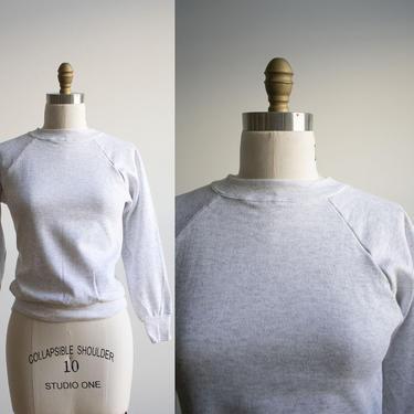Vintage 1980s Raglan Sweatshirt / Vintage Heather Gray Pullover Sweatshirt / Vintage Pullover Sweatshirt XS / Gray Sweatshirt Extra Small by milkandice
