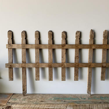 Wood Fence Piece   Wood Fencing   Wooden Fence   Trellis   Card Rack   Rustic Garden   Flowers Plants Balcony Patio Edging Yard Art Outdoors by PiccadillyPrairie