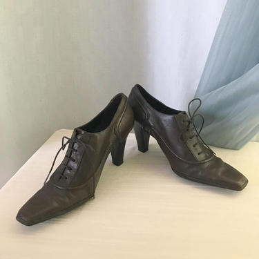 Leather Oxfords Brogues, Lace Up Shoes, Dark Brown, Stacked Heels, Size 7.5 US by GabAboutVintage