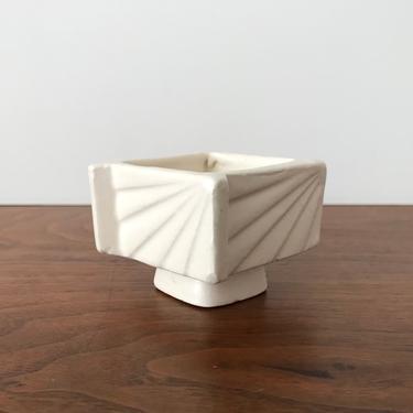 Vintage Modernist Mini Japanese Ikebana Pottery Vase by TheThriftyScout