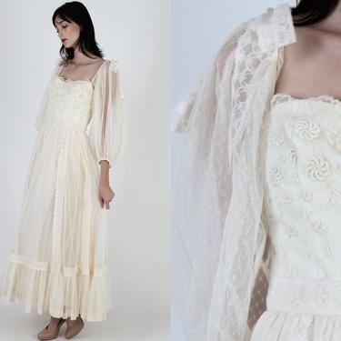 Victor Costa Ivory Lace Wedding Gown / Crochet Embroidered Bodice Bridal Dress / See Through Puff Sleeves / 80s Party Full Skirt Maxi Dress by americanarchive