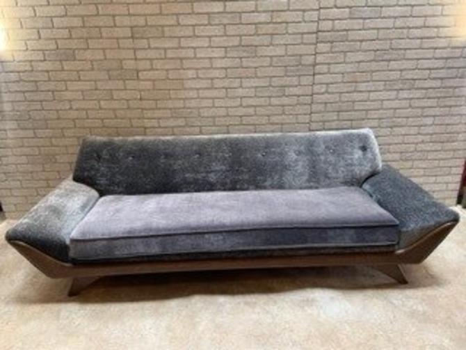 Mid Century Modern Adrian Pearsall Gondola Sofa For Craft Associates Newly Upholstered