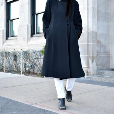 Vintage 1980s Pauline Trigere Black Wool Coat with Mink Fur Trim by LavenderJosephine