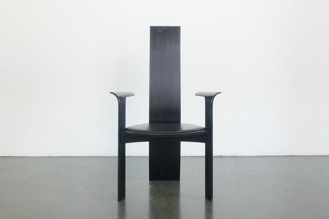 Van Den Berghe Chair
