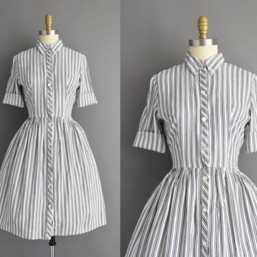 1950s vintage dress | Mode O Day Blue Stripe Print Short Sleeve Full Skirt Shirt Dress | Small | 50s dress by simplicityisbliss
