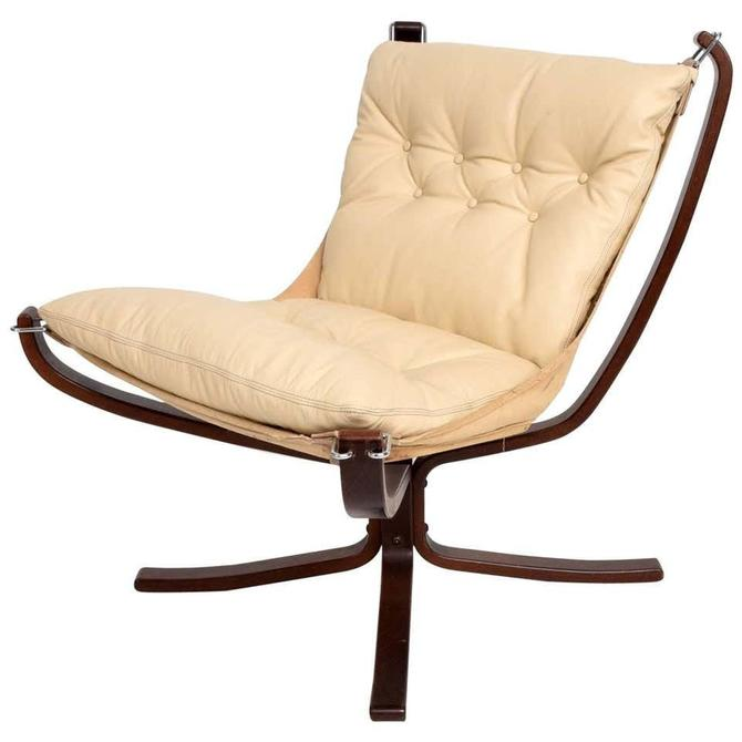 1970s Modern FALCON Chair by Sigurd Ressell for Vatne Møbler in Ivory Leather by AMBIANIC