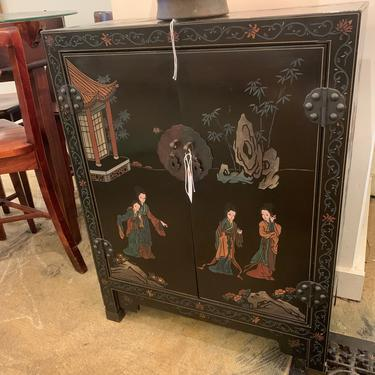 Vintage Chinoiserie Bar Cabinet by coloniaantiques