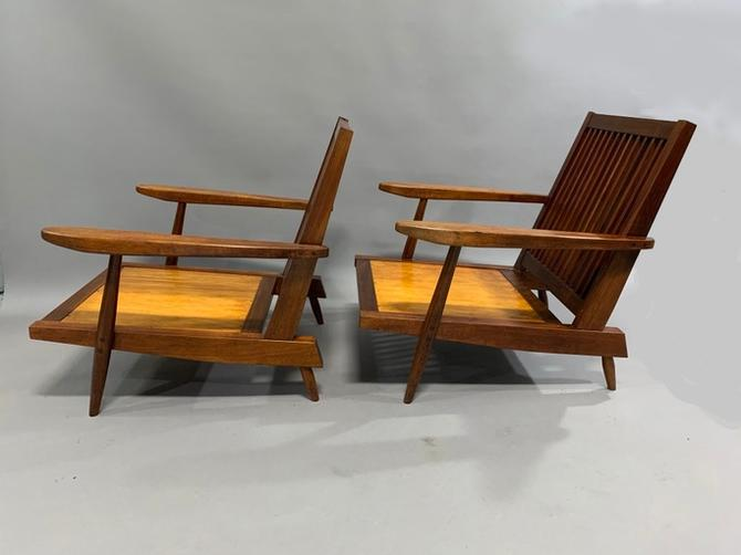 George Nakashima Pair of Spindle Back Lounge Chairs