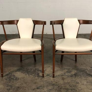 Mid-Century Modern Chair <> Set Of 6 <> By White Furniture by modernmidcenturyfurn