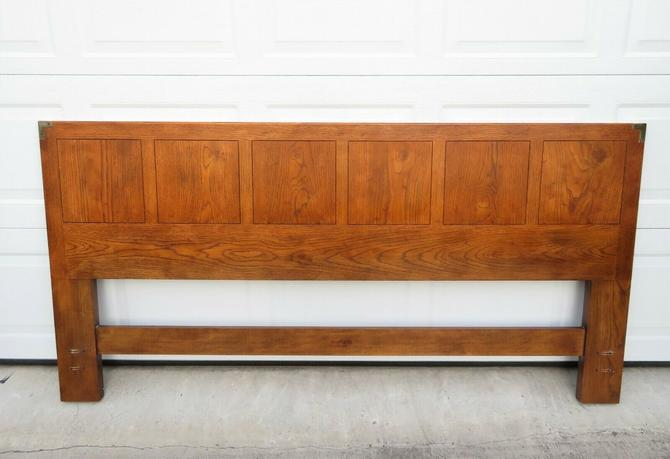 HENREDON ARTEFACTS King Size CAMPAIGN HEADBOARD Bed OAK BRASS Dresser MCM Vtg