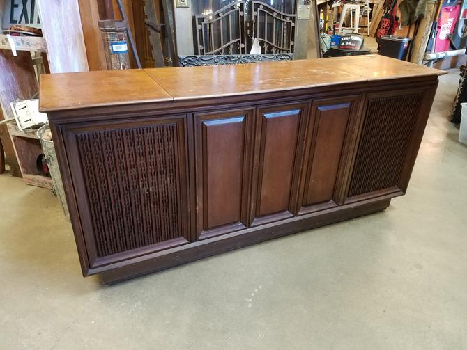 1968 Fisher Statesman Console Stereo