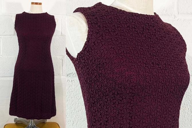 Vintage Maroon Dress Sleeveless 60s Mod 1960s Mini Scooter Mid-Century Twiggy Burgundy Floral Flower Floral Lace Overlay XS Small by CheckEngineVintage